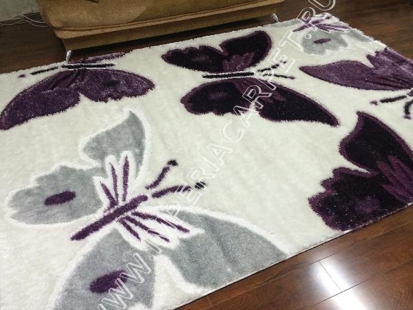 ворсистый ковер с фиолетовыми бабочками